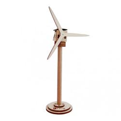 Éolienne solaire en bois